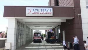 Polis aracına çarpan sepetli motosikletin sürücüsü yaralandı