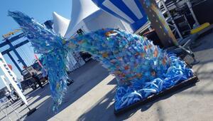 TED İzmir Koleji'nden Dev Balık tasarımı ile çevre farkındalığı