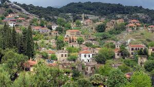 Türkiye'nin en iyi korunmuş köyü Tek bir çivi çakmak bile yasak...