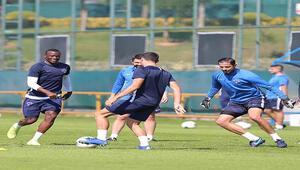 Kasımpaşada Konyaspor maçı hazırlıklarını sürüyor