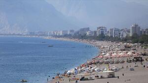 Antalyaya gelen turist sayısı 13 milyonu aştı