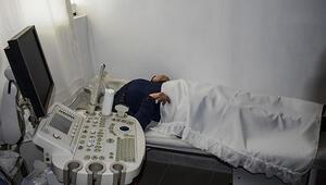 FETÖden ihraç edilen doktora kaçak tıp merkezi baskını