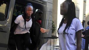 Sahte pasaportla yakalandı Kıyafet almak için gelmiş
