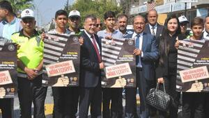 Reyhanlı'da 'Yaya güvenliğinin nöbetçisiyiz' etkinliği