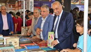 Diyarbakırda kitap fuarına 5 günde 100 bin ziyaretçi