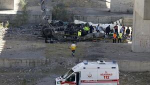 Viyadükten uçtu şoför öldü