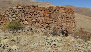 Erzurumda 2 bin 700 yıllık kalede tescil çalışması