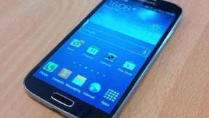 Samsung, bu telefonunu kullananlara kişi başı 10 dolar ödeyecek