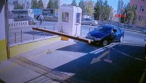 Başakşehirde AVM girişinde ilginç kaza kamerada