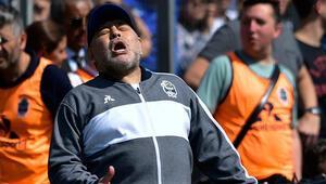 Maradona çıldırdı, 7 futbolcusunu rezerv takıma gönderdi