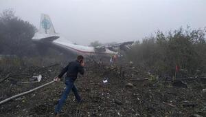İstanbula geliyordu... Ukraynada uçak kazası: 5 ölü