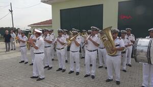 Edirne Belediye Bandosundan hayvan barınağında konser