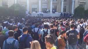 Öğrencilerden rektöre taşınma tepkisi