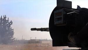 Tel Rıfattaki YPG/PKKlı teröristlerden ÖSO mevzilerine saldırı