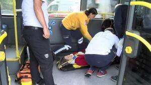 Son dakika... Metrobüs kazası: Yaralı yolcular var