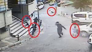 Sokak ortasında, çevredeki çocuklara rağmen silahlı çatışma