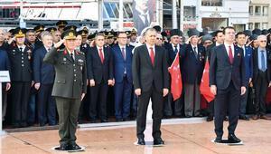 İstanbul kurtuluşunu kutladı