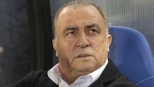Son Dakika: Galatasarayda hedef tahtasındaki 4 isim Selçuk İnanın da üzeri çizildi...