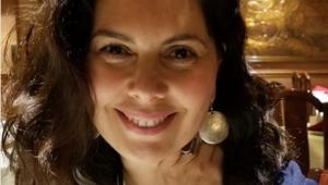Tanju Okan'ın kızı, Bergüzar Korel'in ablası Zeynep Korel kimdir