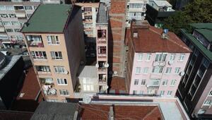 İzmitte mimarisi ile hayrete düşüren bina
