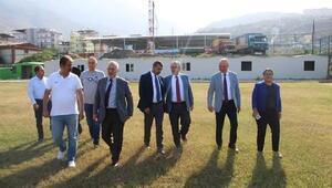 Tosyalı'dan amatör kulüplere çim saha müjdesi