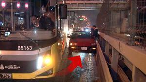 İETT şoförü kendisine çarpan aracı bariyerlere sıkıştırdı
