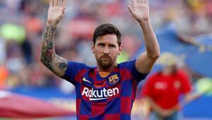 Messi: Sadece Barcelonadan değil İspanyadan da gitmek istedim...