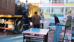 Güngörende tahliye kararı verilen Abdi İpekçi İlkokulunda taşınma başladı