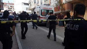 İstanbul'da vahşet Evine girdiği kadının boğazını kesti...