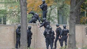 Almanya'da sinagogun önünde silahlı saldırı: 2 ölü