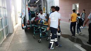 Badamak için çıktığı araçtan düşen kişi yaralandı