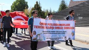 Üniversite öğrencilerinden Barış Pınarı Harekatına destek yürüyüşü