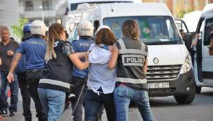 Diyarbakırda HDPlilerin izinsiz açıklamasına müdahale