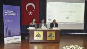 Prof. Dr. Arıkboğa: Göç meselesinde Türkiye yalnız bırakıldı