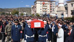 Bilecikte Şehit Uzman Çavuş Bilgeni binlerce kişi uğurladı