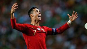 Cristiano Ronaldonun ismi stada veriliyor