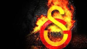 Galatasarayda ilk ayrılık belli oldu İşte yeni adresi...