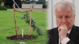 NSU kurbanlarının yakınlarına atılan tokat: Anıtlara saldırılar bitmiyor