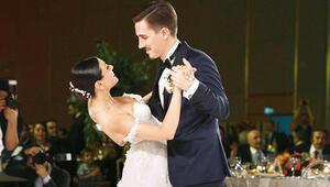 Çocukluk arkadaşıyla evlendi