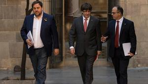 İspanyada ayrılıkçı Katalan siyasetçilere hapis cezası