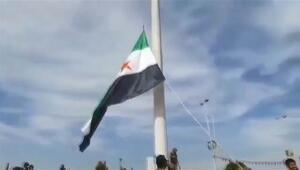 Suriye Milli Ordusunun bayrağı Tel Abyadda göndere çekildi