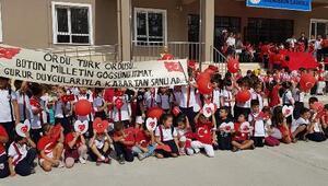 Öğrencilerden Barış Pınarı Harekatına katılan askerlere mektup