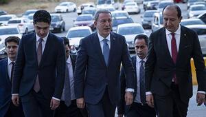 Bakan Akardan liderlere Barış Pınarı ziyareti
