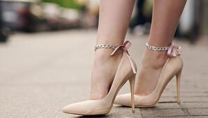 Ayakkabı Seçimine Dikkat: Kadınların Yüzde 40'ı Bu Hastalıkla Mücadele Ediyor