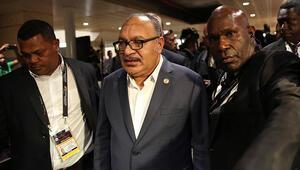 Papua Yeni Ginede eski başbakan için tutuklama emri