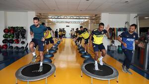 Fenerbahçede salonda kuvvet çalıştı