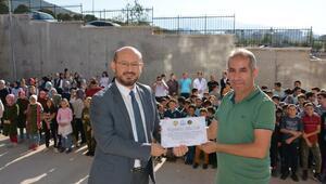Niksar'da 330 kilo atık pil toplayan okula ödül