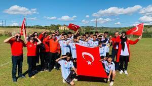 Barselonada Şırnaklı çocuklardan Barış Pınarına asker selamı