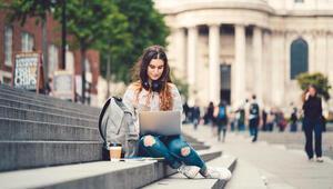 Birleşik Krallık'tan 600 bin uluslararası öğrenci hedefi