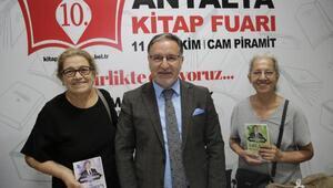 Antalya Kitap Fuarına yoğun ilgi